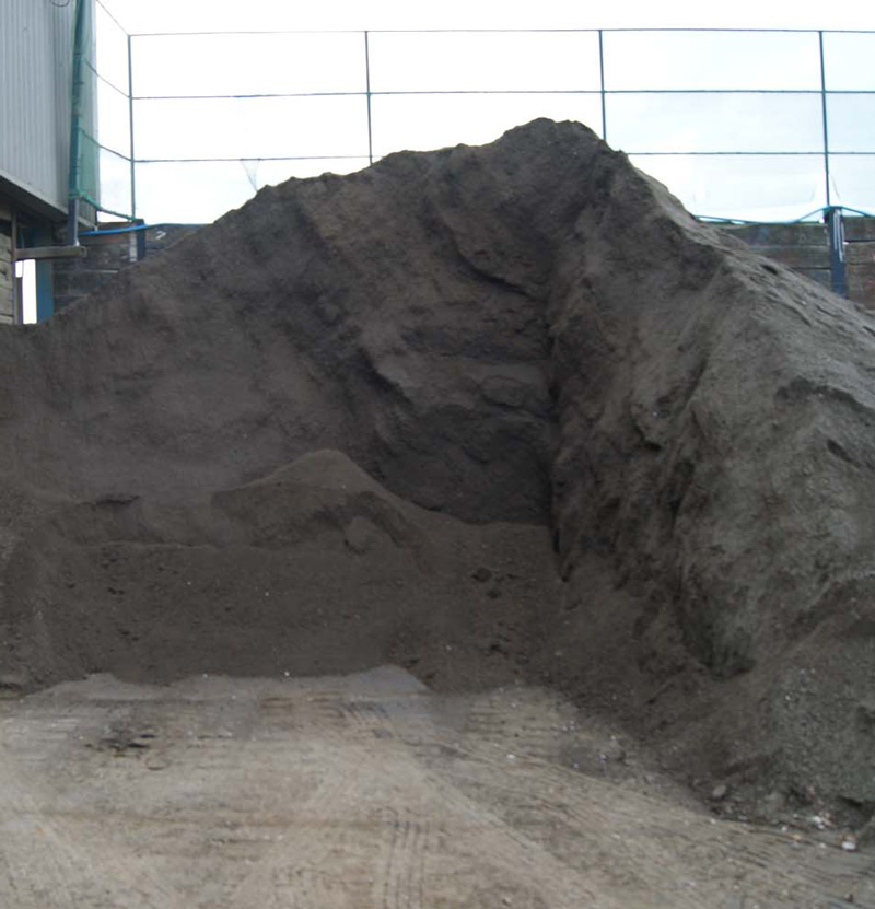 Top Soil (10 mill screened) Supplier Basildon